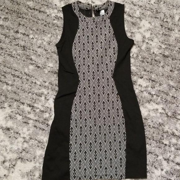 H&M Dresses & Skirts - H&M Black & White Dress (8)